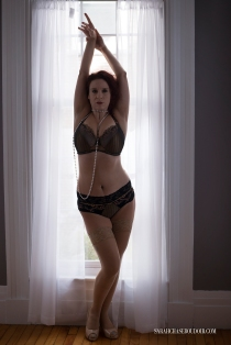 nh-burlesque-boudoir-4w